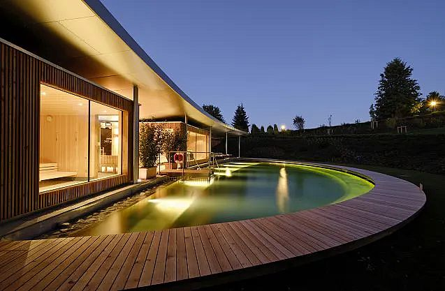 Garden saunas & nature pool